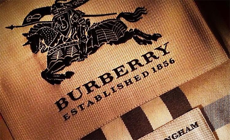 0a49de79571a Burberry  оригинал VS подделка