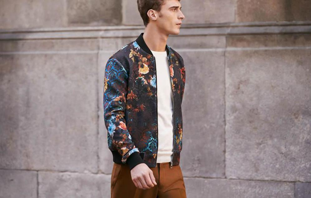 0a1c873aba79 Есть вещи, которые никогда не выйдут из моды. Это предметы одежды,  возведенные в модный культ. К ним относится куртка военных авиаторов – « бомбер», ...
