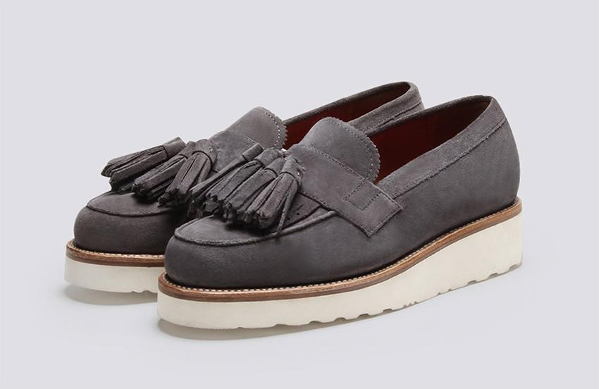кисточки на обуви