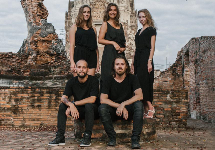 Команда бренда «Aloha Gaia»