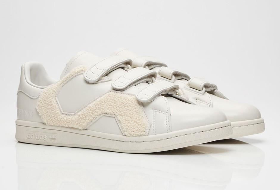 raf-simons-adidas-stan-smith-comfort-badge-05-940x640