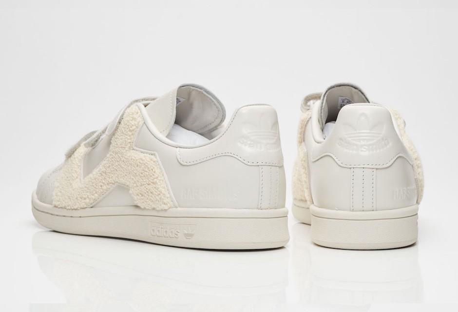 raf-simons-adidas-stan-smith-comfort-badge-06-940x640