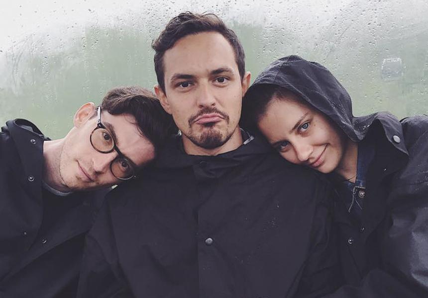 «Surfer Raincoats» - нам не страшен сильный дождь