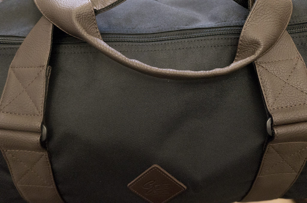 обзор спортивной сумки ремни