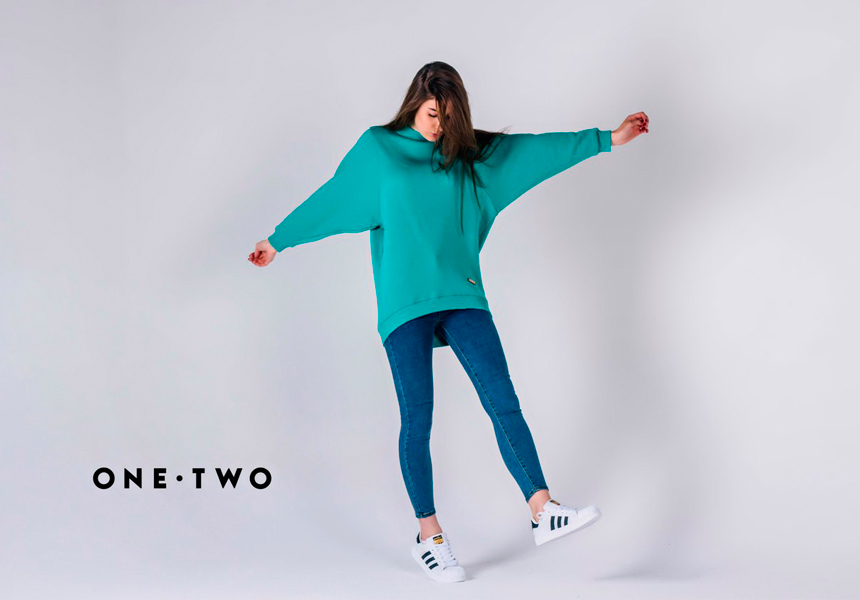 Женский street-wear от бренда «OneTwo».