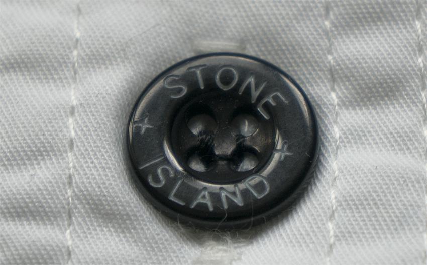 Оригинальные и поддельные пуговицы Stone Island