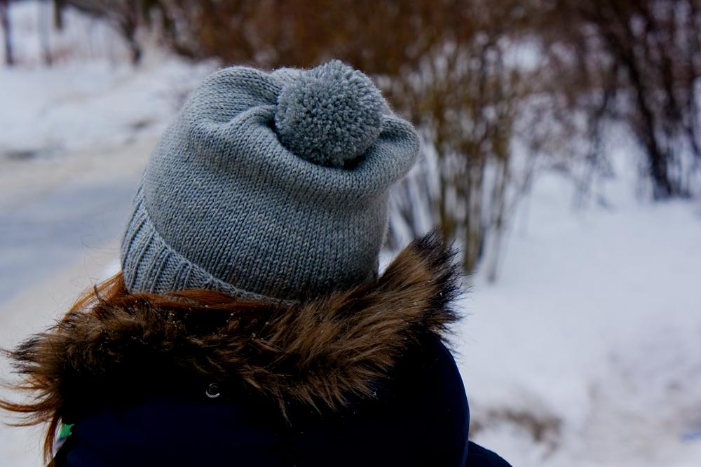 шапка сзади
