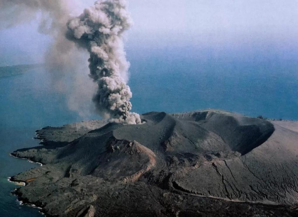 вулкан Krakatau