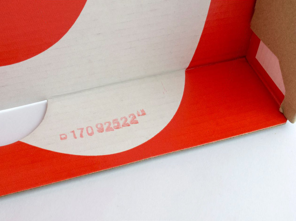 Nike Off-White код на коробке