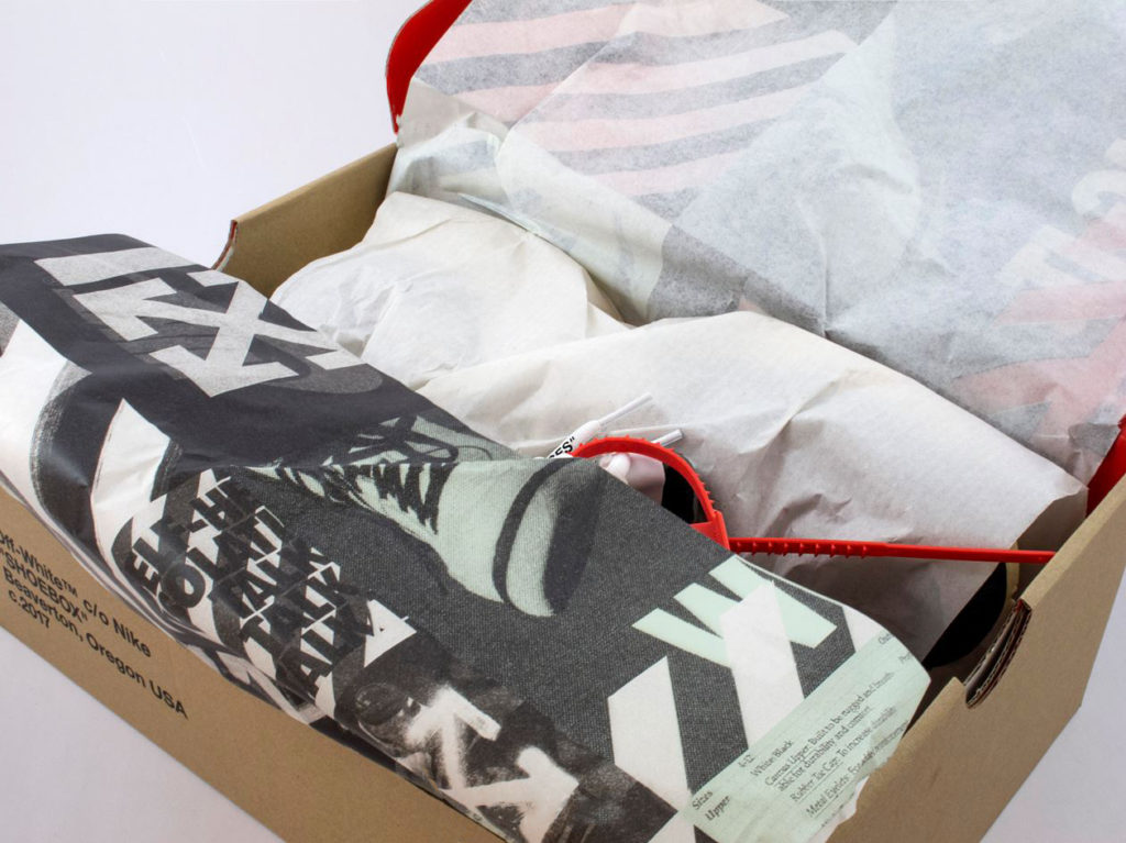 Nike Off-White упаковка