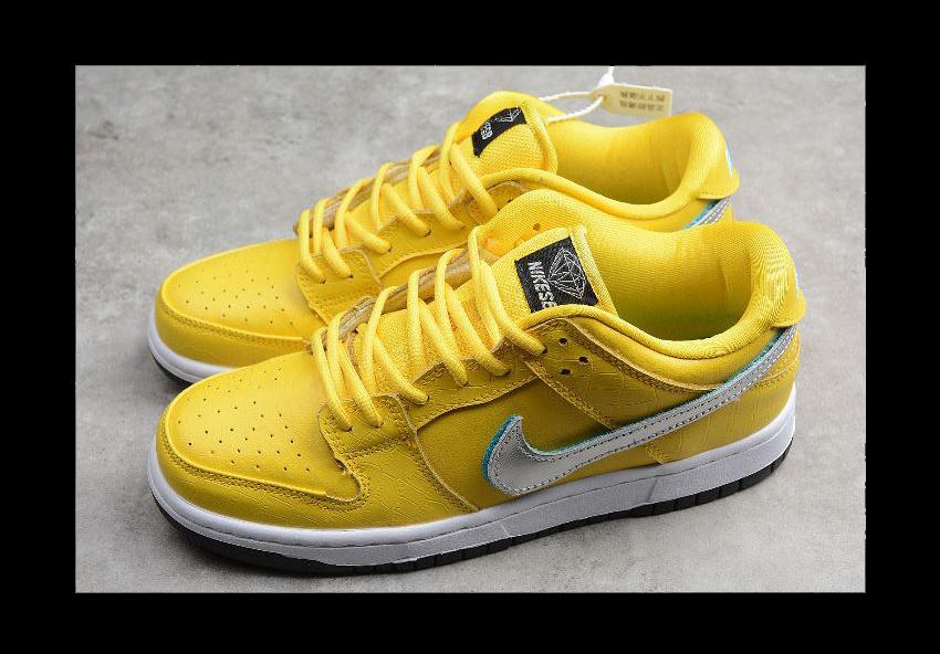 DUNK LOW PRO OG QS Diamond Supply Co. x Nike SB Dunk Low