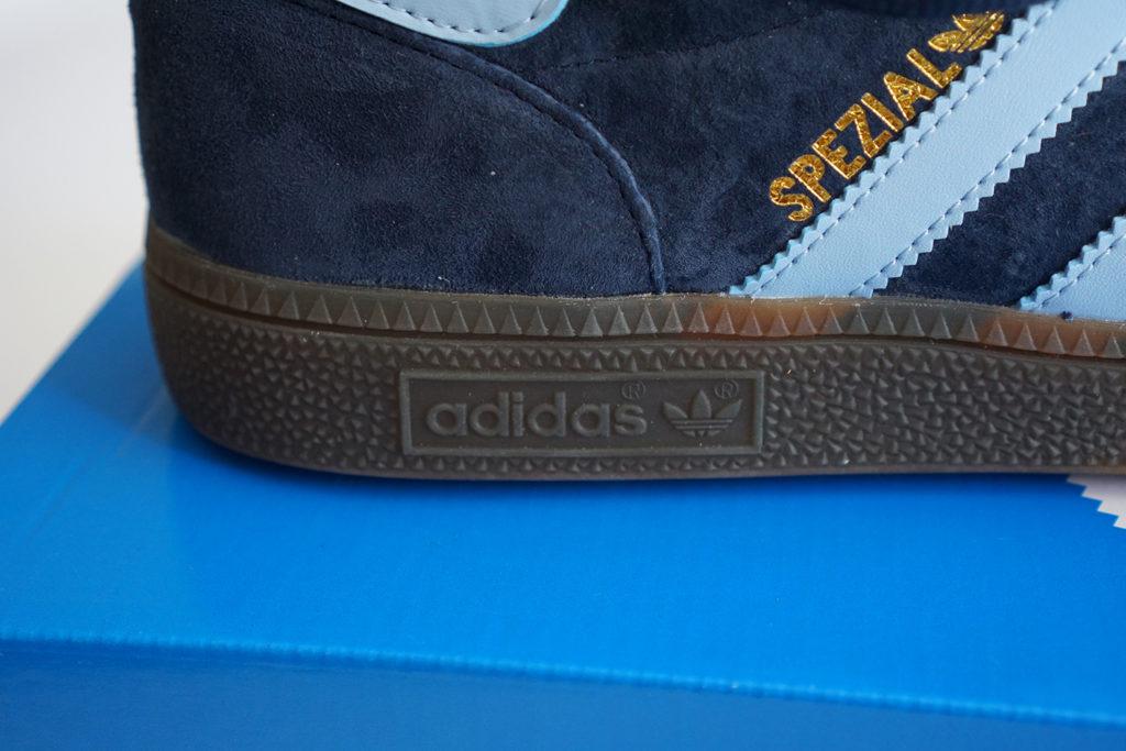 Handball Spezial подошва лого
