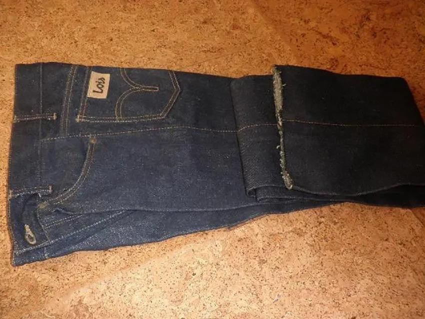 История испанских джинсов Lois