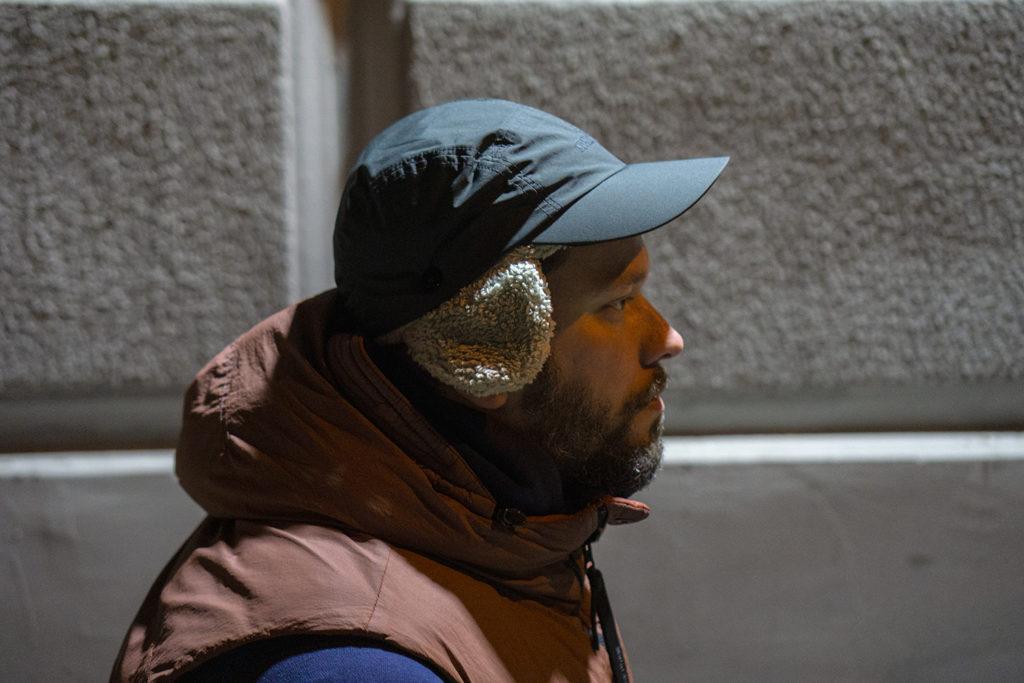 кепка шапка на голове